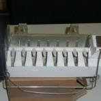 Whirlpool – 4812 418 29716 – Ice Maker side by side B35